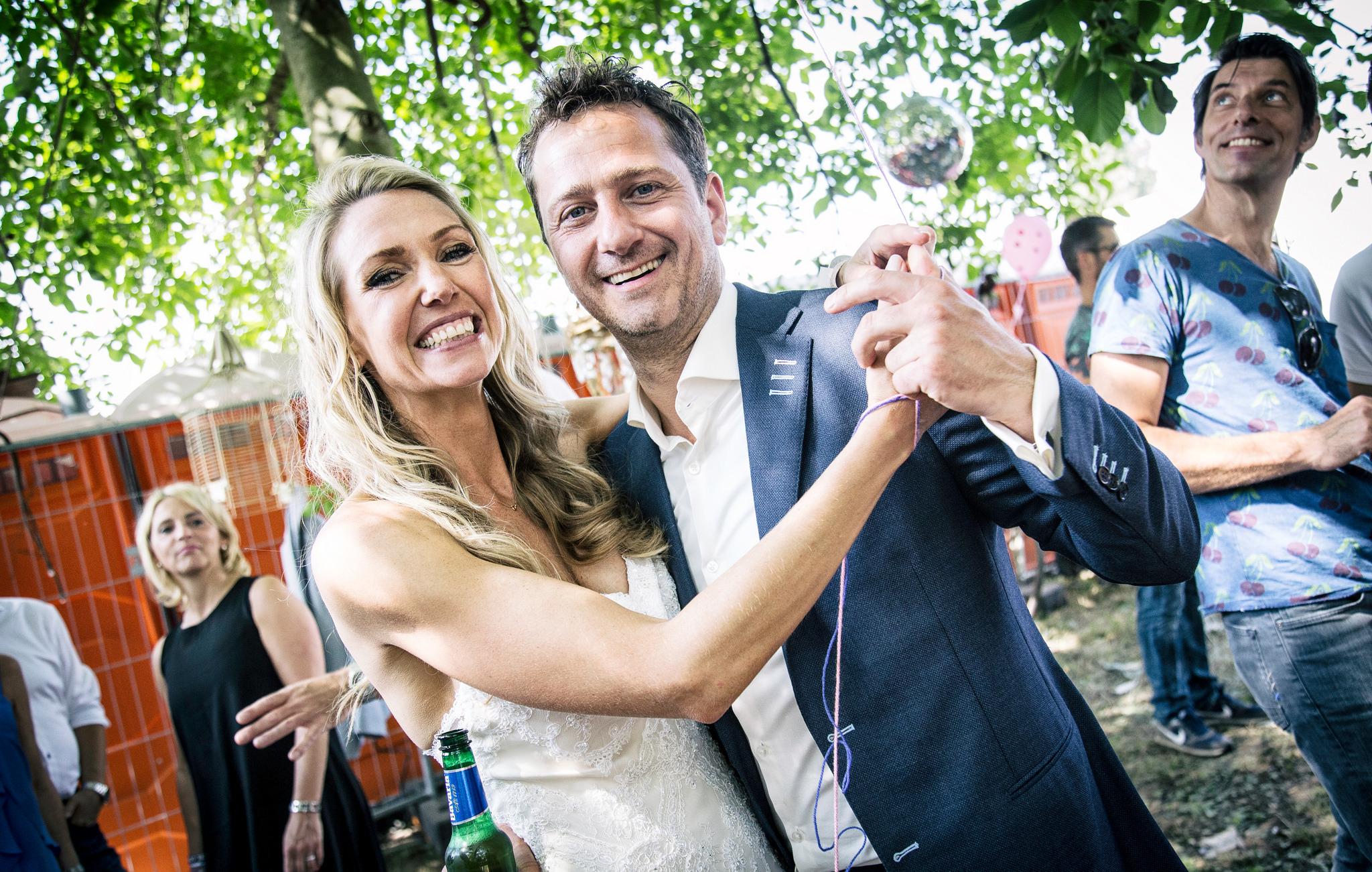 10257 solar 2016 bruiloft bruidspaar 1 foto mitchell giebels