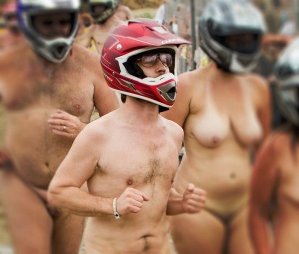The Naked Run For Freedom op de Zwarte Cross