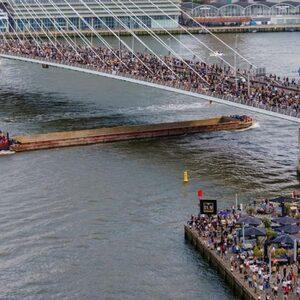 Demonstratie Rotterdam afgebroken wegens drukte