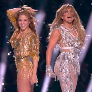 J.Lo en Shakira zetten podium in vuur en vlam tijdens Super Bowl halftime show