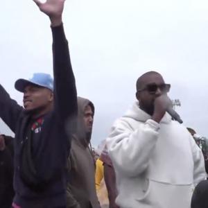 Kanye West gaat los met Chance The Rapper tijdens Sunday Service