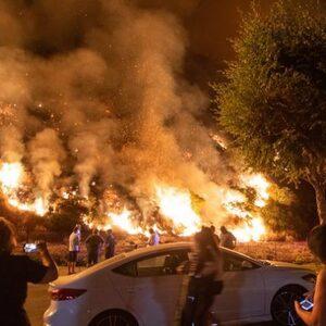 Natuurbranden in Californië worden steeds groter, 20.000 mensen geëvacueerd