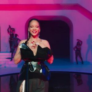 Rihanna gebruikt 'Popalik' van Cho, Spanker en Stefflon Don in Savage x Fenty-show