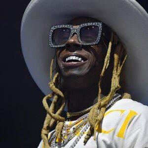 'Drugs en een wapen gevonden in privévliegtuig Lil Wayne'