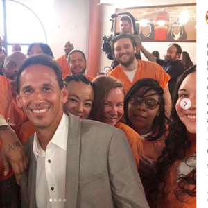 Kim Kardashian post selfie met gevangenen uit Washington DC