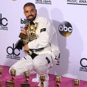 Drake over zijn 'verborgen' zoon en 4 andere redenen waarom je 'Scorpion' niet mag missen