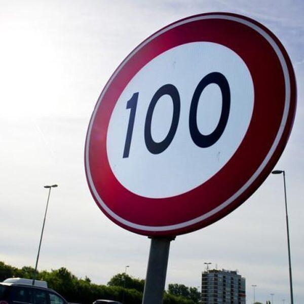 Nieuwe maximum snelheid van 100 km/uur geldt vanaf maart 2020