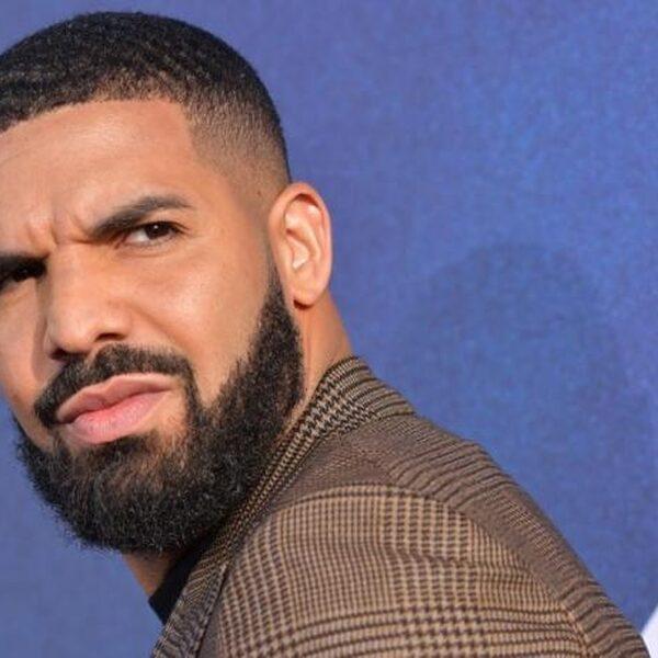 Drake dropt verzamelalbum: 'Care Package'