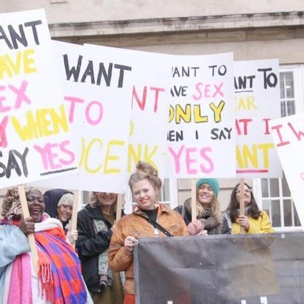 Amnesty International voert actie tegen wet voor seksueel geweld van Grapperhaus
