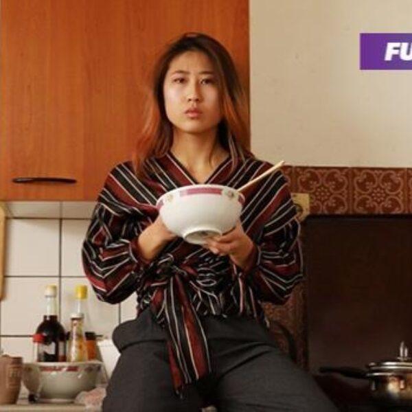 Poepchinees, sambal bij of spleetoog: Aziaten pikken het niet langer