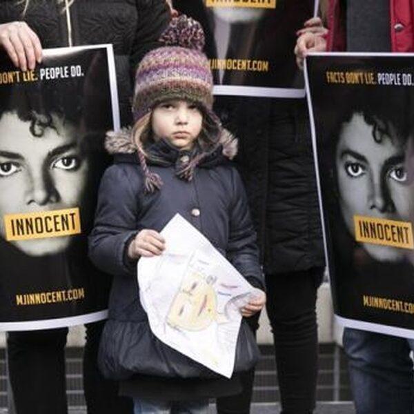 """""""Michael Jackson niet boycotten op de radio"""""""