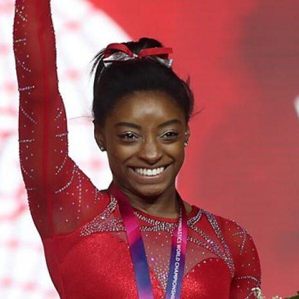 Hoe Simone Biles het afgelopen weekend 3 keer geschiedenis schreef