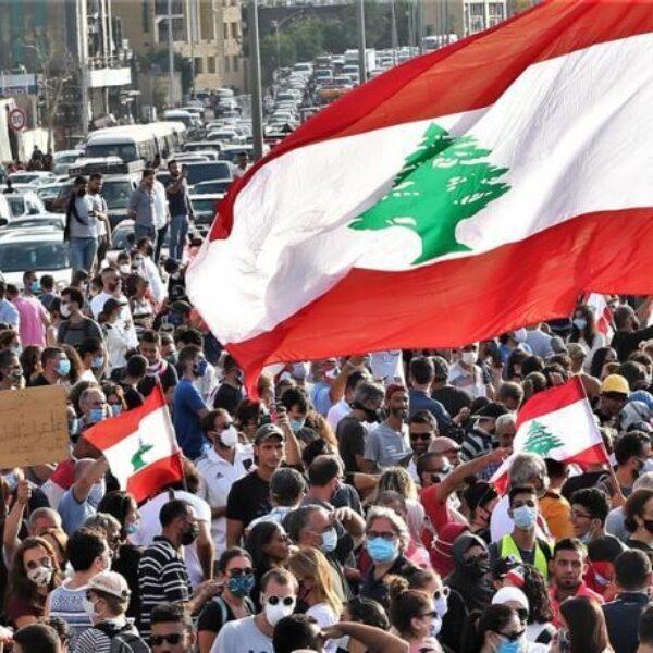 Waarom de explosie in Beiroet juist voor Libanon zo rampzalig is