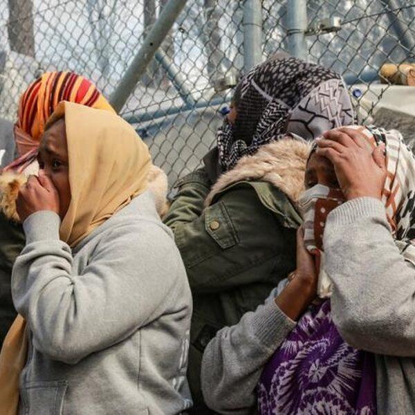 Meisje omgekomen bij grote brand in vluchtelingenkamp Moria op Lesbos