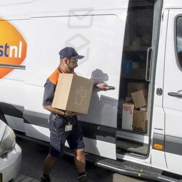 Pakketjes bezorgen is keihard strijden: dit zijn de grootste irritaties