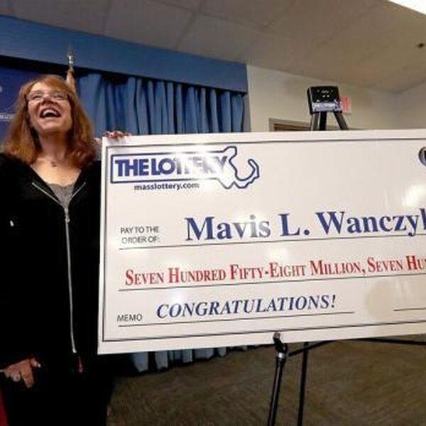 Vrouw (53) wint grootste Amerikaanse loterijprijs ooit