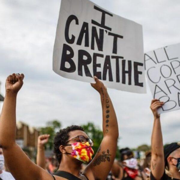 Woede in VS na dood George Floyd door onnodig gewelddadige arrestatie