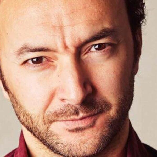 Nasrdin Dchar nodigt PVV'ers gratis uit bij zijn theaterstuk DAD