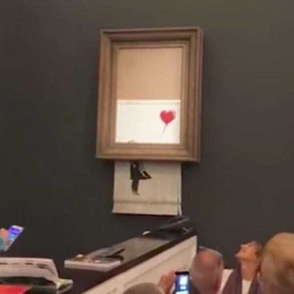 Banksy-kunstwerk versnippert zichzelf na bod van 1,1 miljoen euro