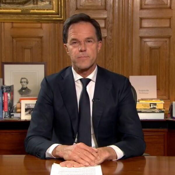 """Mark Rutte: """"Groot deel Nederland raakt besmet"""""""