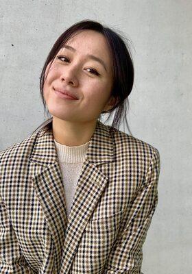 """Kim (32): """"Met acupunctuur kan ik anderen helpen én dealen met het verlies van m'n vader"""""""