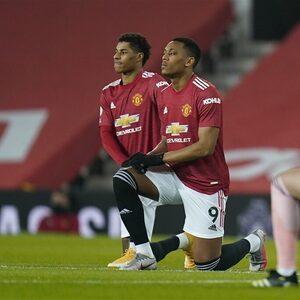 """Manchester United """"walgt"""" van racistische uitlatingen over spelers op social media"""