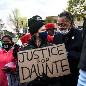 Korpschef en politieagente nemen ontslag na de dood van Daunte Wright