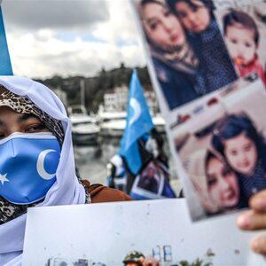 Oeigoerse ouders al jaren gedwongen gescheiden van hun kinderen