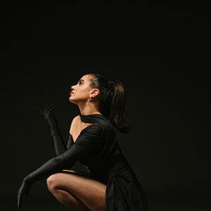 Elieve vraagt met Turkse track 'Tek Tek' aandacht voor femicides