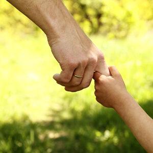 Commissie wil stop op adopties uit het buitenland na rapport over ernstige misstanden