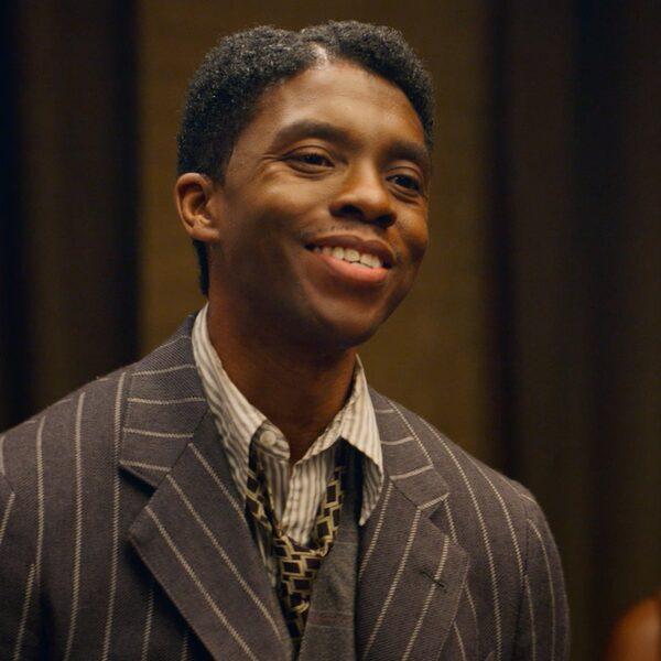 Chadwick Boseman bekroond met Golden Globe voor Best Actor