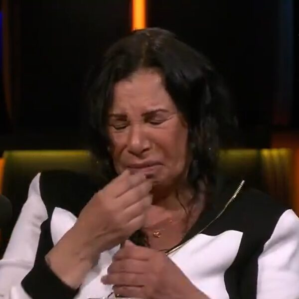 """Julies dochter overleed na cosmetische ingreep Turkije: """"Ze stierf in mijn handen"""""""