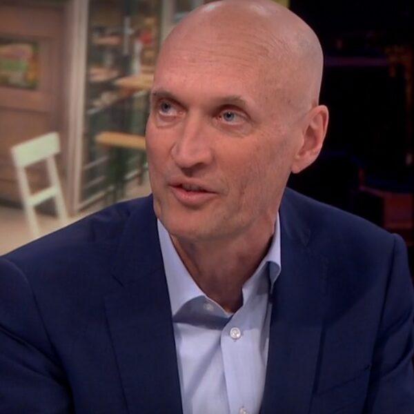 """Ernst Kuipers: """"Avondklok heeft geen effect gehad op ziekenhuisopnames"""""""