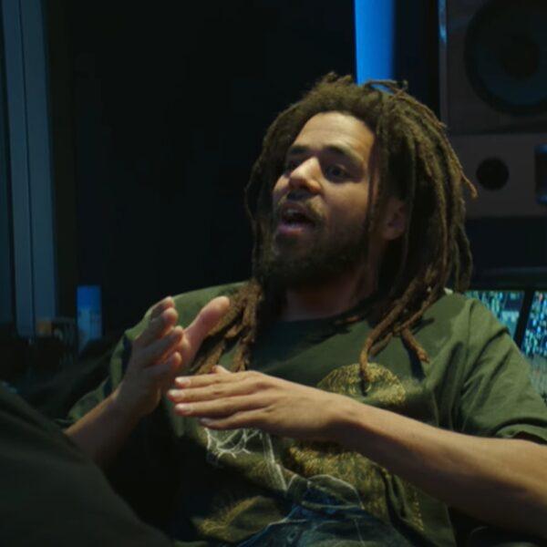 J. Cole deelt mini-docu in aanloop naar nieuw album 'The Off-Season'