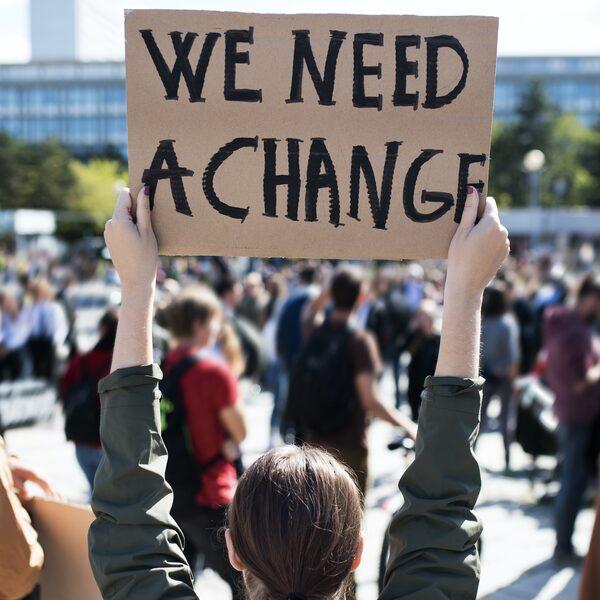 """Klimaatactivist Robin: """"Over 80 jaar is het gewoon klaar"""""""