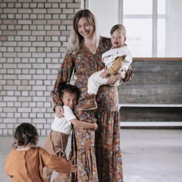 Sharon woont met drie kinderen bij ouders maar heeft geen recht op sociale huur