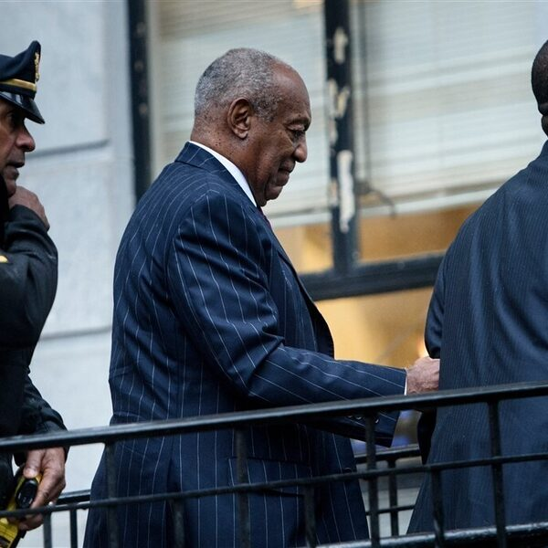 Bill Cosby komt vrij vanwege 'oneerlijk proces'