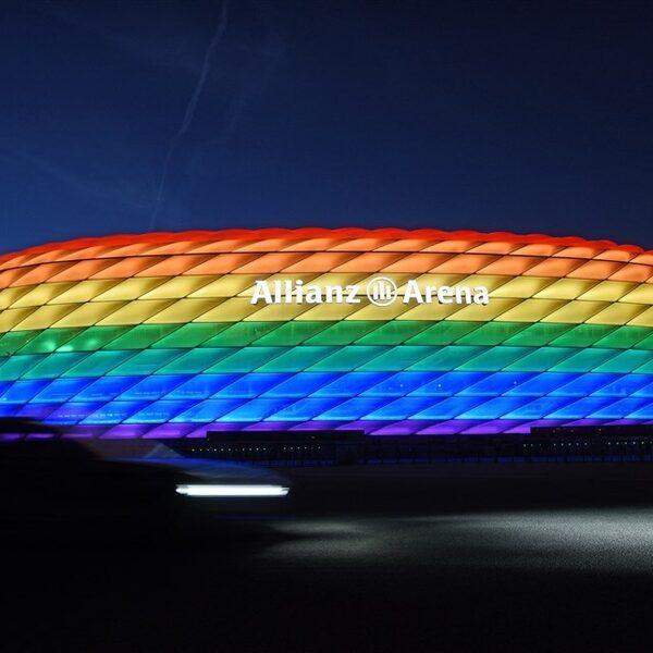 München ondanks UEFA-verbod alsnog verlicht in regenboogkleuren