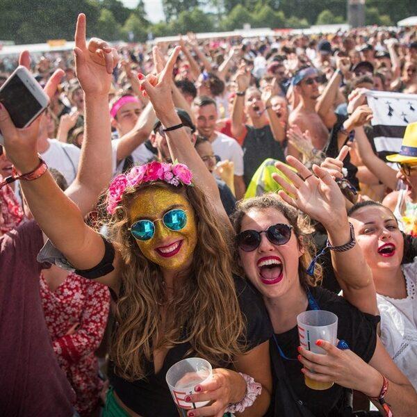 Coronamaatregelen op komst: nachtclubs dicht en evenementen niet meer toegestaan