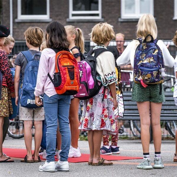 """PvdA en CU: """"Aantal kinderen dat opgroeit in armoede moet in 2030 gehalveerd zijn"""""""
