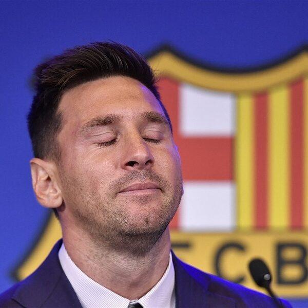 Advocaten FC Barcelona proberen overgang Messi naar PSG te blokkeren