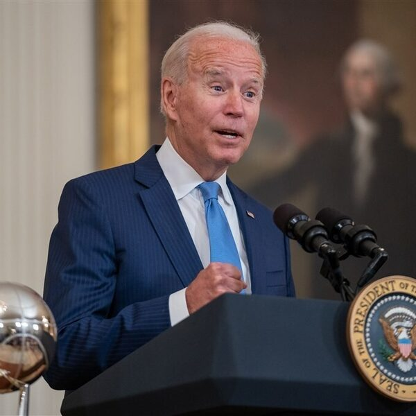 Joe Biden houdt zich aan deadline 31 augustus van Taliban
