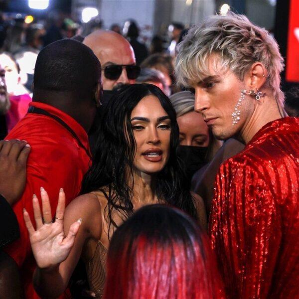 Conor McGregor bijna op de vuist met Machine Gun Kelly bij VMA's