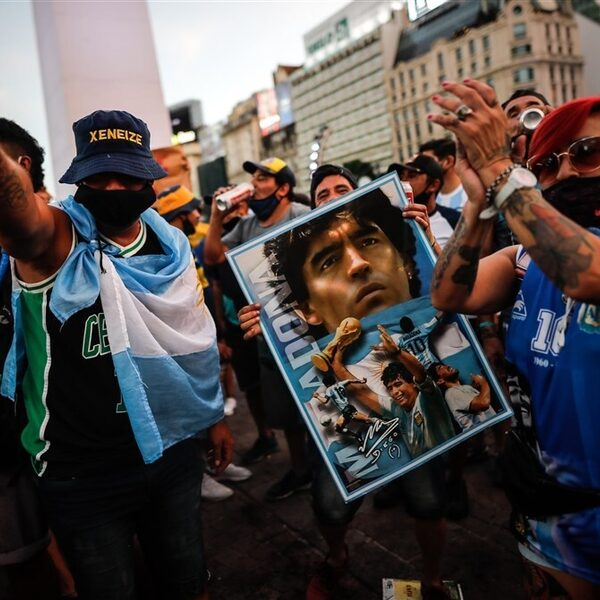"""Argentijnen eisen duidelijkheid: """"Maradona is niet overleden, maar vermoord"""""""