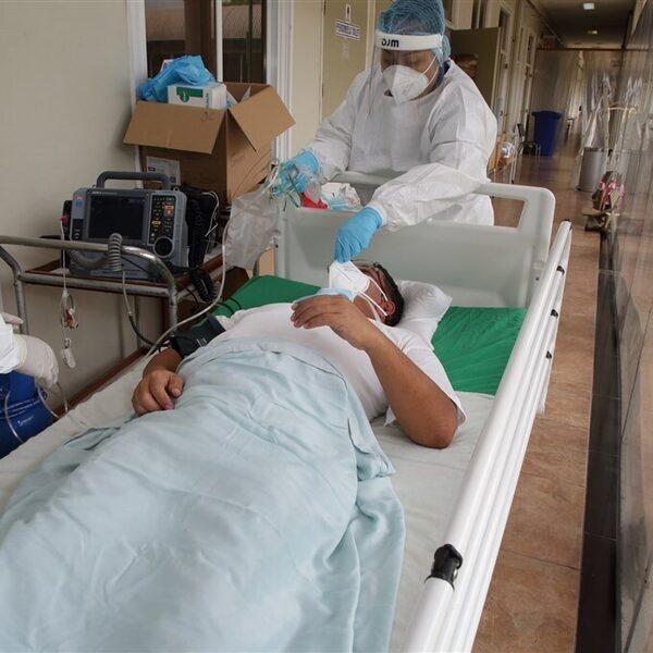 Artiesten en influencers vragen aandacht voor coronasituatie in Suriname