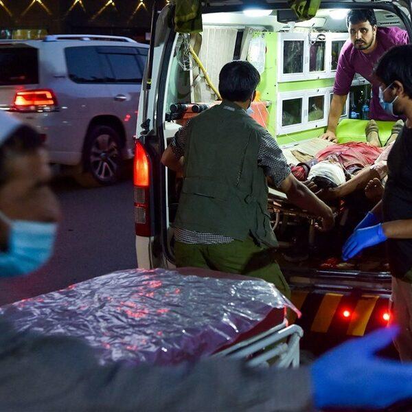 Dodental aanslag Kabul op meer dan 90, angst voor nieuwe aanval