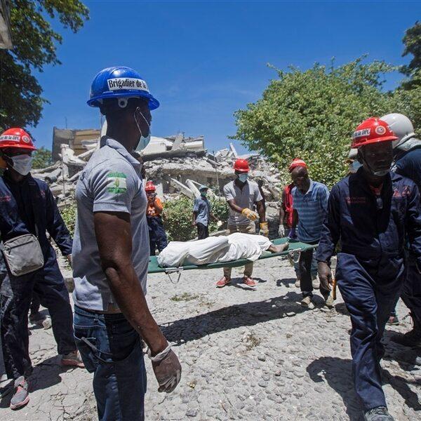Aantal doden aardbeving Haïti opgelopen tot 1297