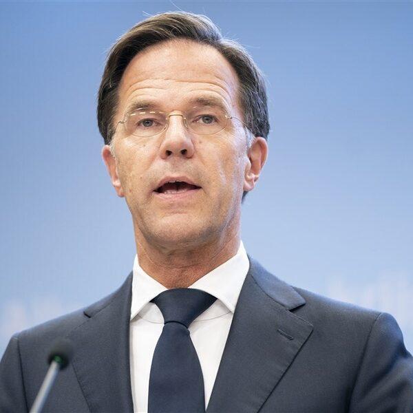 Rutte bevestigt: 'coronatoegangsbewijs voor horeca en evenementen'