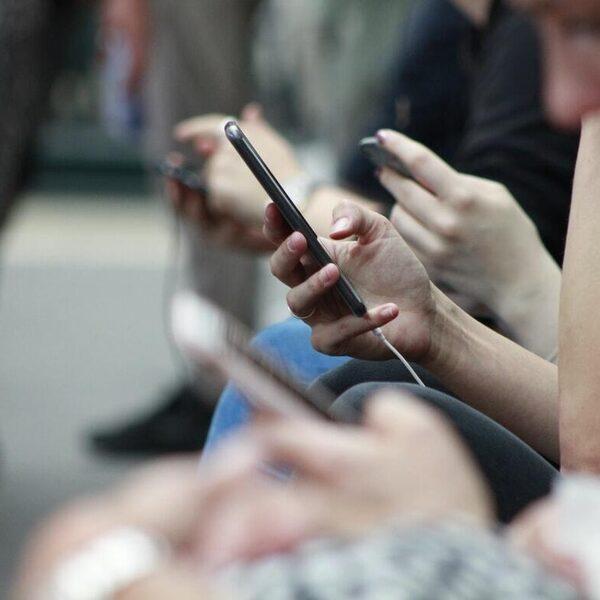 WhatsApp, Instagram en Facebook plat door wereldwijde storing