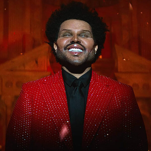 Botox-versie van The Weeknd heeft boodschap voor Grammy-organisatie in videoclip 'Save Your Tears'